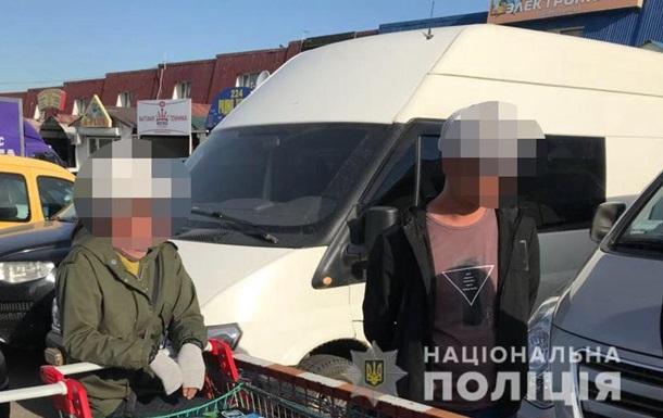 На ринку в Одесі виявили 13 нелегалів