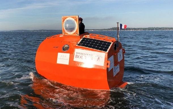 Пенсіонер із Франції в бочці переплив Атлантичний океан