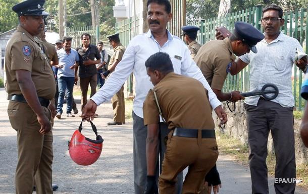 На Шрі-Ланці заборонили носити одяг, що закриває обличчя