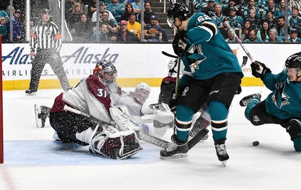 НХЛ Кубок Стенлі: Кароліна обіграла Айлендерс, Колорадо сильніше Сан-Хосе