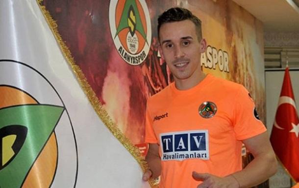 Турецкий клуб попал после игры в смертельное ДТП - погиб игрок сборной Чехии