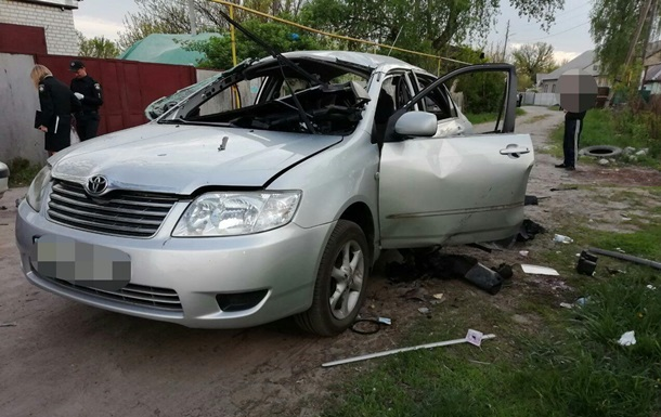 У Харкові в автомобіль кинули гранату, водій вижив