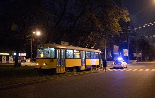 У Дніпрі пенсіонерка розбила голову в трамваї