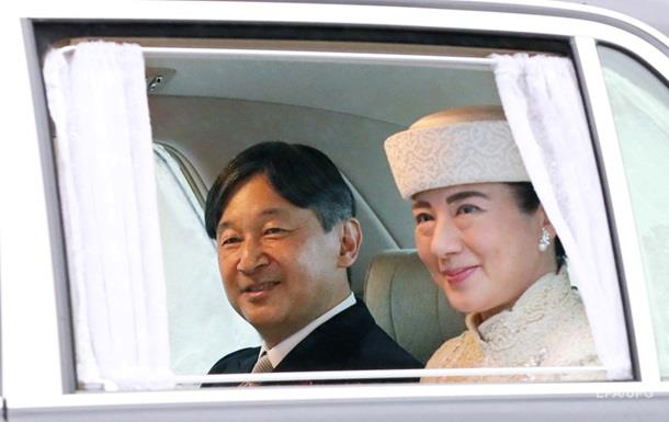 Нарухіто став новим імператором Японії