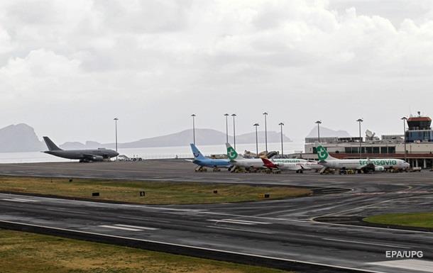 Крупнейшие авиакомпании отменили рейсы в Каракас