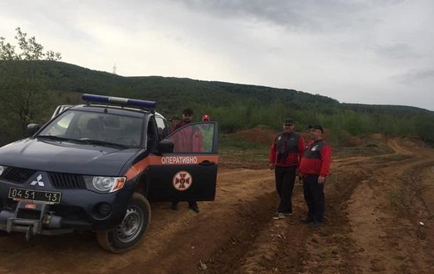 Рятувальники знайшли п ятьох туристів, які заблукали в Карпатах