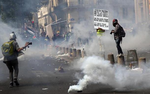 Сутички у Парижі: до 330 затриманих, близько 40 травмованих
