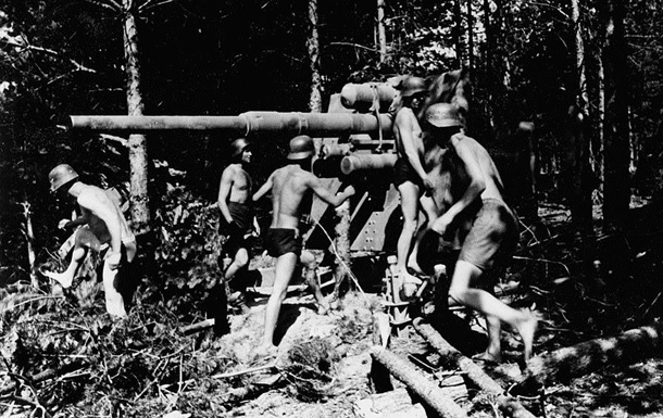 В Сети появились редкие кадры нацистской армии