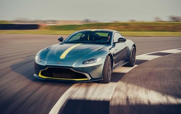 Aston Martin випустив  механічне  купе Vantage