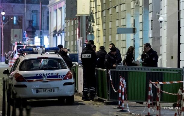 Во Франции ограбили ювелирный завод - СМИ