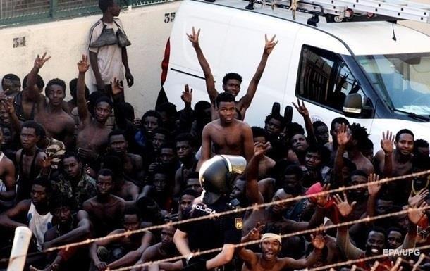 ООН: Угорщина відмовляє мігрантам в їжі