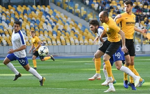 Динамо дома потеряло очки в матче с Александрией