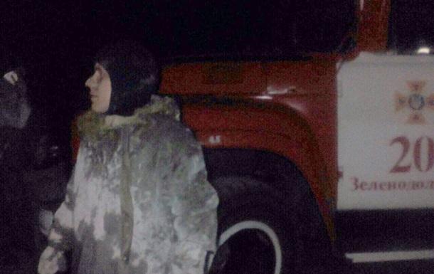 У Дніпропетровській області троє людей застрягли в болоті
