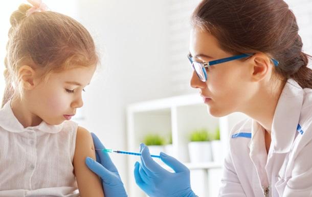 У Німеччині хочуть штрафувати батьків за відмову вакцинувати дітей