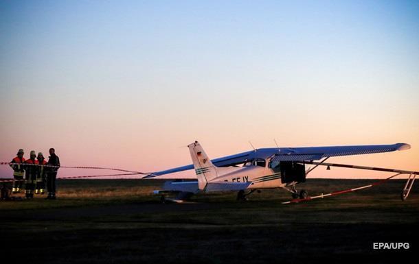 У Канаді розбився приватний літак, є жертви