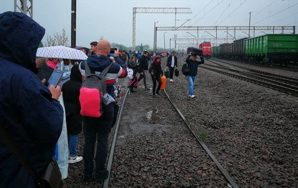 У Польщі через сумку евакуювали 500 осіб з поїзда Київ-Перемишль