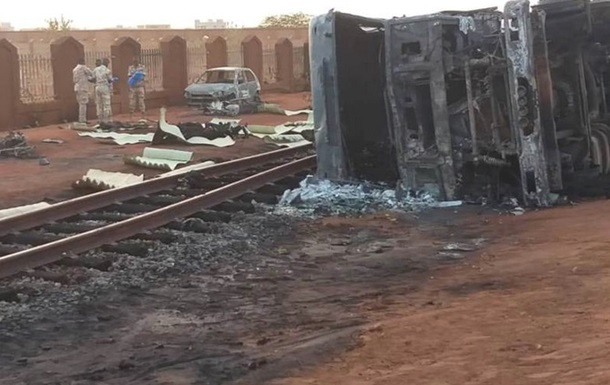 В Нигере взорвался бензовоз: более 50 погибших