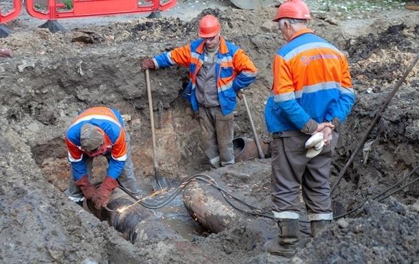 У Києві відключили гарячу воду у 630 будинках