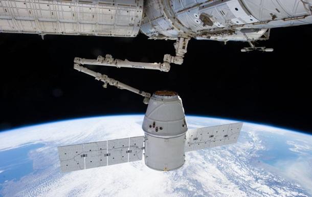 Dragon пристыковался к МКС