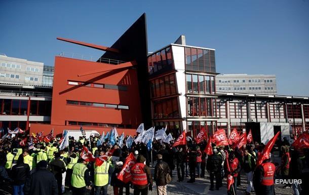 У Франції попереджають про скасування авіарейсів через страйк диспетчерів
