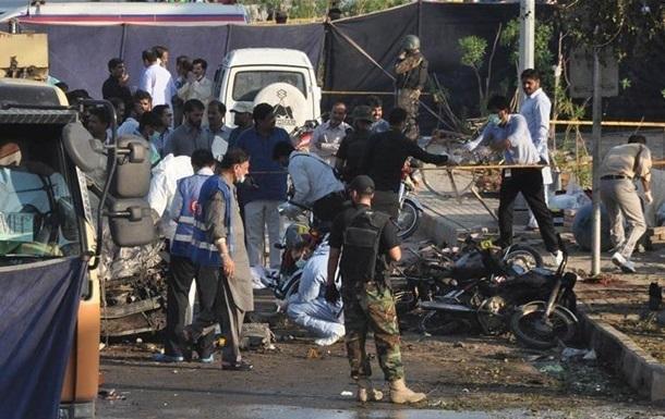 У Пакистані стався вибух: п ятеро загиблих, десятки поранених