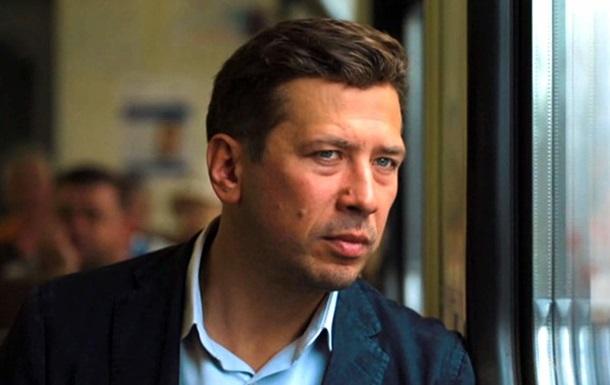 Нев їзний російський актор  забіг  в Україну
