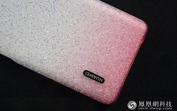 Люксовую версию Huawei P30 Pro показали на фото