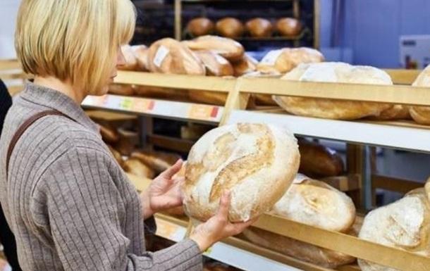 Не цибулею єдиною: хліб та крупи - лідери подорожчання цього року