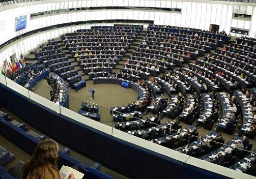 Евроскептики и популисты: кто придёт в новый Европарламент