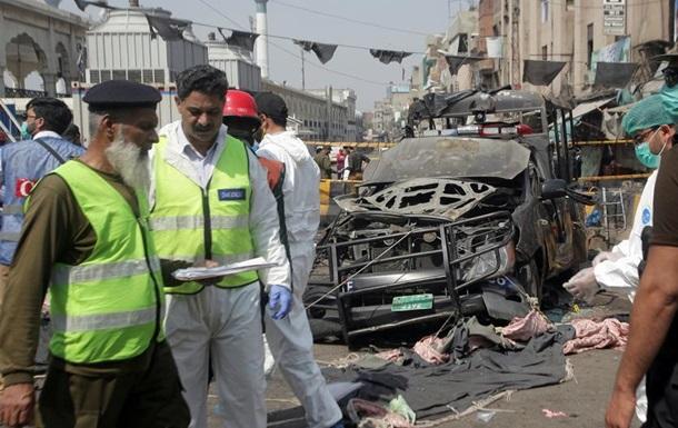 Теракт біля суфійського храму в Лахорі: щонайменше 10 загиблих