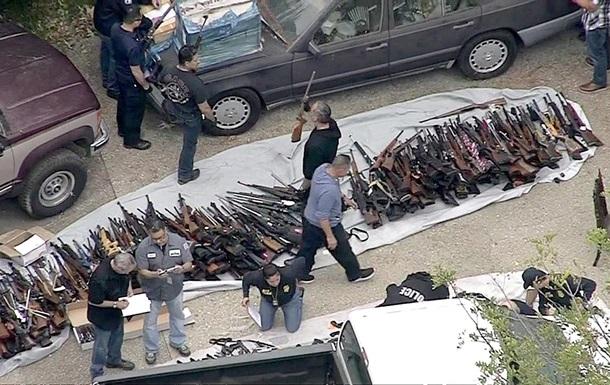 Тисячі стволів: у США виявили великий склад зброї