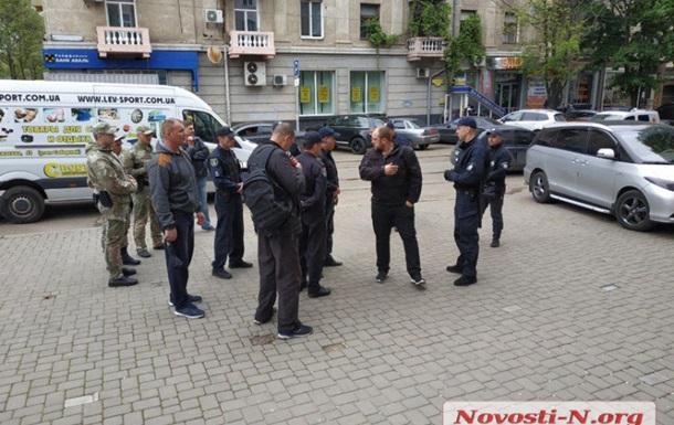 В учасників акції  Безсмертний полк  у Миколаєві намагалися кинути гранату
