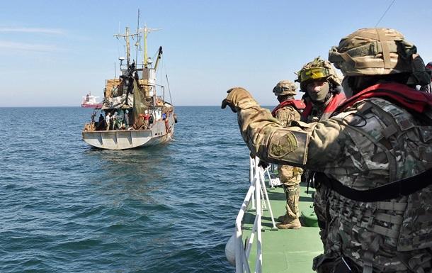 У Чорному морі прикордонники затримали турецькі кораблі
