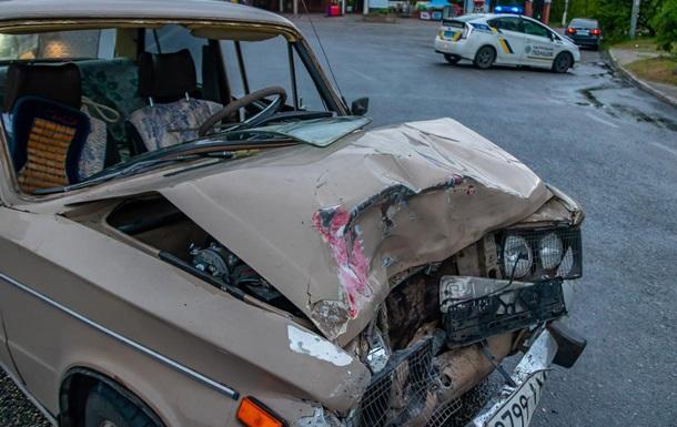 У Дніпрі троє жінок постраждали в ДТП за участю маршрутки