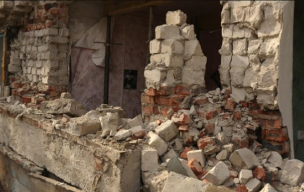 В Харькове рухнула стена жилого дома