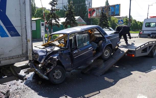 Їхали з навчань. У ДТП в Києві загинули двоє військових