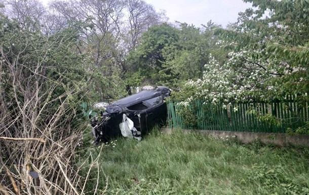 На Одещині водій збив жінок на узбіччі