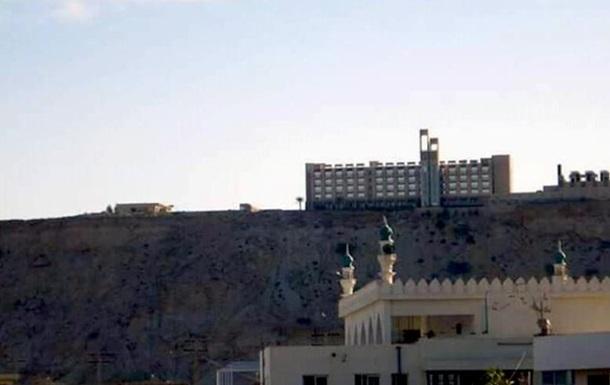 У Пакистані бойовики влаштували стрілянину в готелі