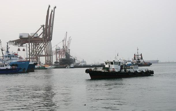У берегов ОАЭ напали на четыре корабля