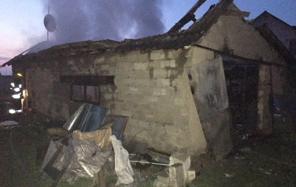 В Ровенской области сгорел гараж: погибли двое человек