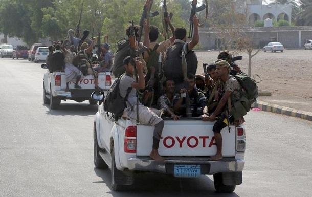 ООН заявляє про початок виходу хуситів з Ходейди, але уряд не вірить