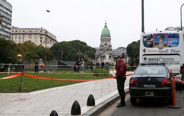 В Аргентині помер депутат, поранений біля будівлі парламенту
