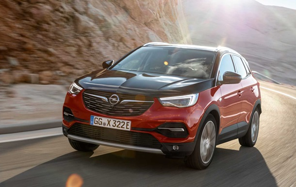 Opel Grandland X Hybrid4: фото
