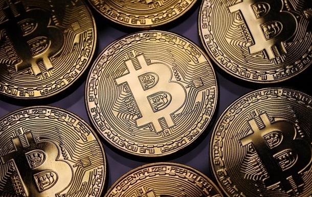 Курс биткоина превысил $8000 впервые за десять месяцев