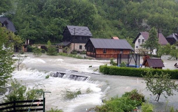 Повінь затопила частину Боснії і Хорватії