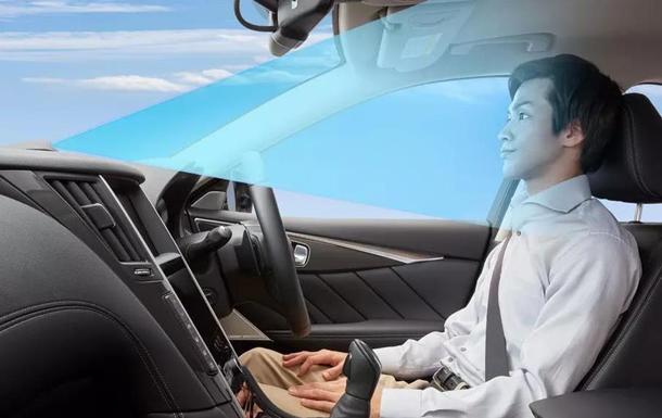Nissan створив автопілот, що дозволяє не тримати в руках кермо