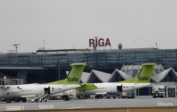 В аеропорту Риги затримали українців з великою сумою валюти