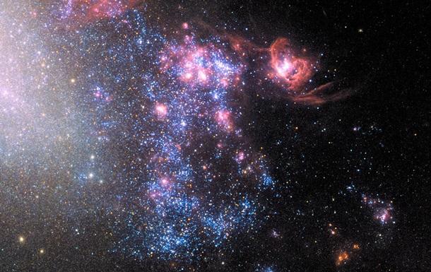 Hubble снял место столкновения крупных галактик