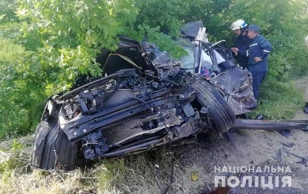 У Запорізькій області легковик влетів у вантажівку: дві жертви