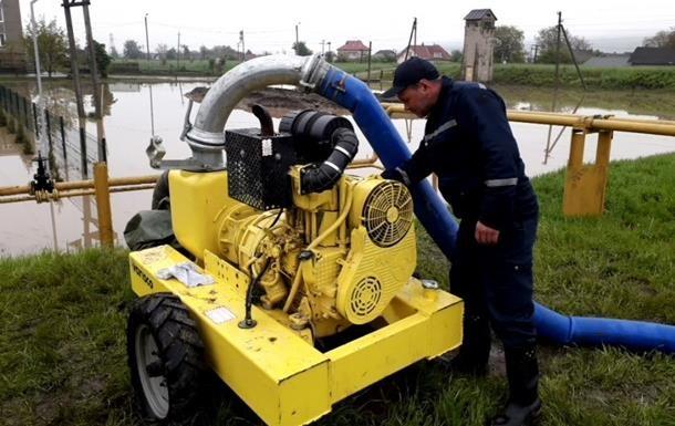 У Рівненській області дощі підтопили майже 100 домогосподарств